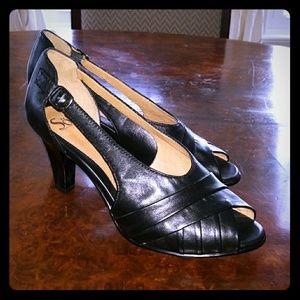 Sofft Black Leather Peep Toe Heels - 10W